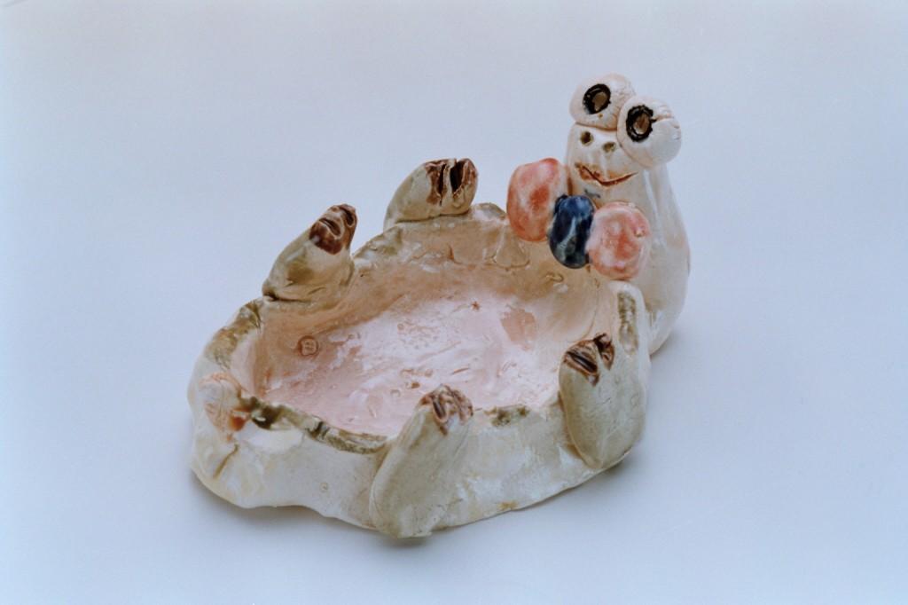 145小孩捏塑陶土烏龜
